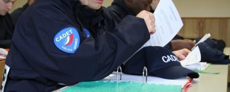 La police nationale recrute 500 cadets de la République.